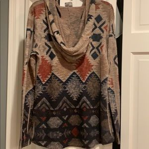 Vocal Tops - Beaded hooded print shirt!